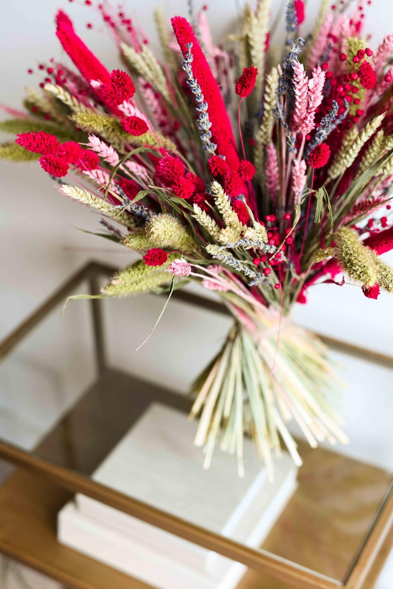 colourful dryflower bouquet